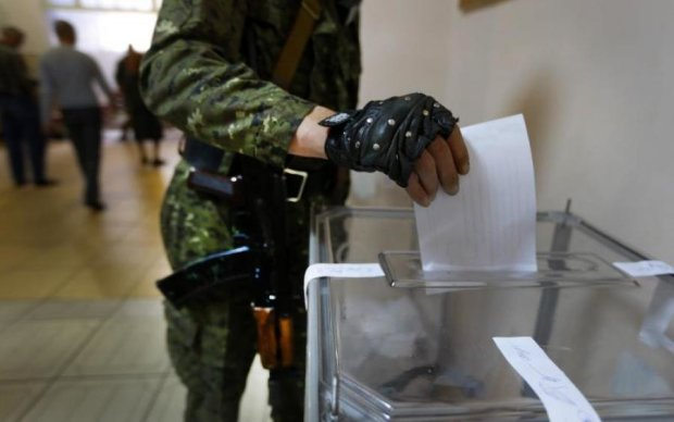 """Выборы в """"ЛДНР"""": Путин уберет Захарченко, но при одном условии"""
