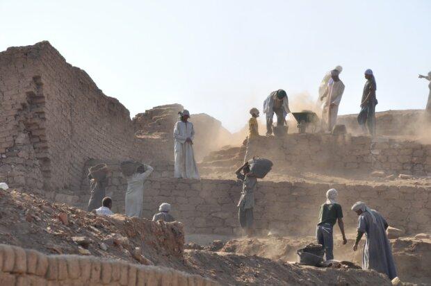 Археологи, фото pxhere