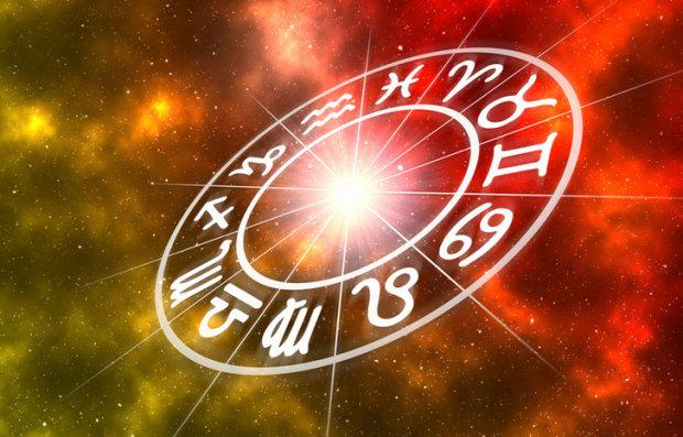 Гороскоп на 26 березня для всіх знаків Зодіаку: Водоліям перемиють кісточки, а у Овнів збудеться мрія