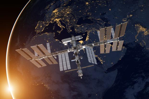 Земля втратила зв'язок із МКС: у космосі коїться щось жахливе