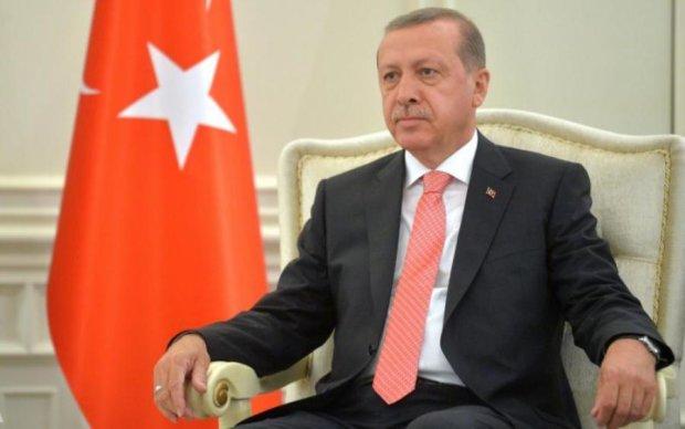 Схоплено все, та навіть більше: Ердоган посадив зятя на найтепліше місце в уряді