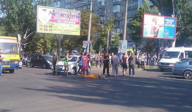 В Николаеве маршрутка сбила на переходе трех человек