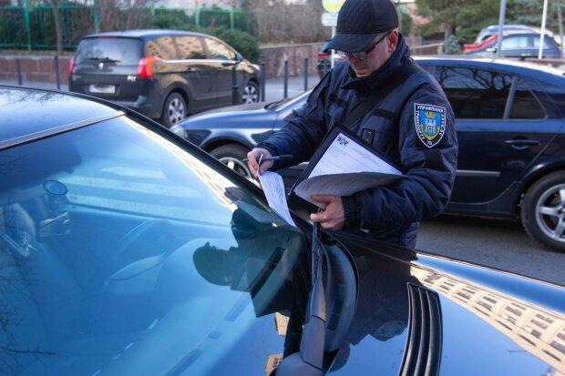 В Украине начали штрафовать не только водителей, но и пешеходов: заставят компенсировать все убытки
