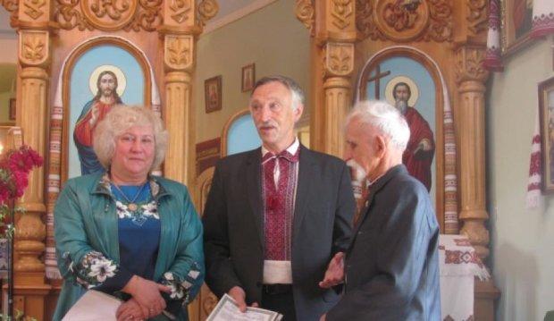 Нацгвардія подякувала 82-річному волонтеру-козаку зі Львова (фото)