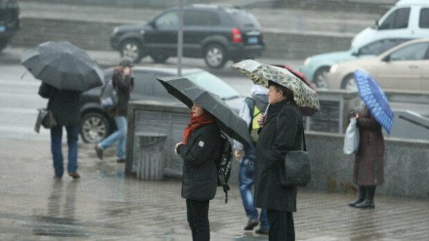 """Мокрое Рождество: синоптики огорчили киевлян """"сырым"""" прогнозом на 25 декабря"""
