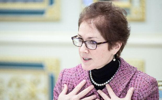 Мари Йованович, РБК