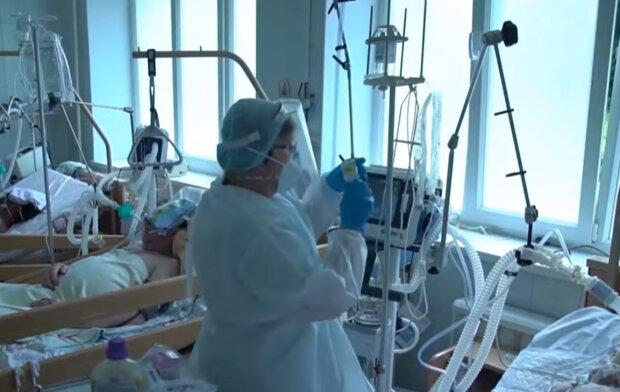 """Врач объяснила, почему украинцы по-разному переносят коронавирус: """"Все дело в..."""""""