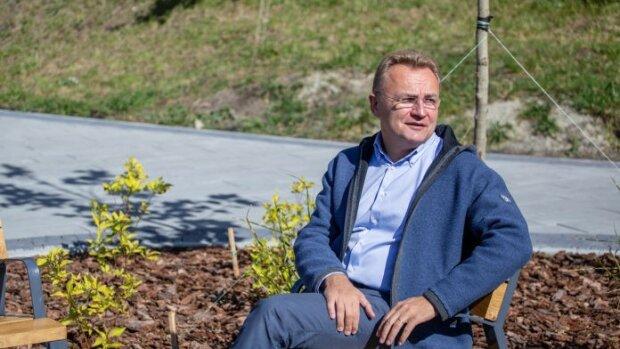 """""""Питання здорового глузду"""": Садовий поставив хрест на мріях львів'ян про теплі батареї"""