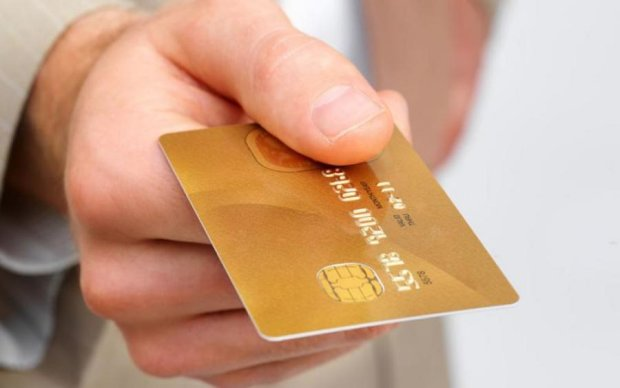 Подзвонити з Японії можна прямо з... кредитки