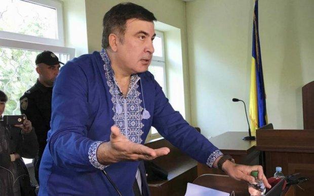 Судить нужно: Саакашвили раскрыл мальдивскую тайну Порошенко
