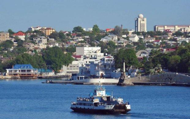 Природа восстала: в Крыму дом москвички смыло в море