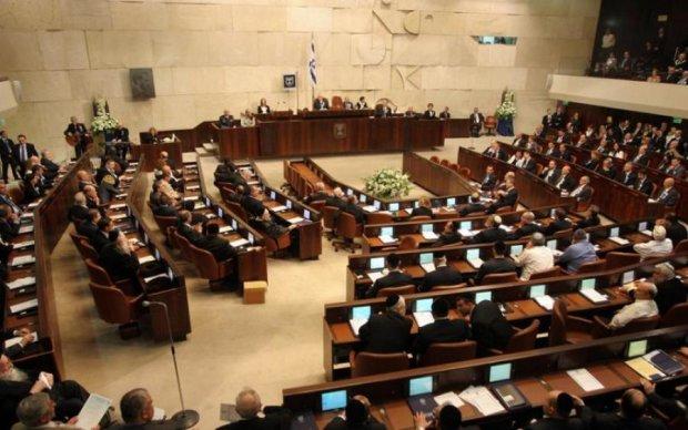 Війна вже близько: Кремль пригрозив Ізраїлю через визнання Голодомору