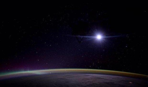 Астронавтка NASA сфотографировала из космоса восход Луны