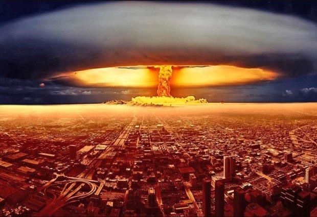 Ядерная атака в Киеве: последствия мощного взрыва показали в сети