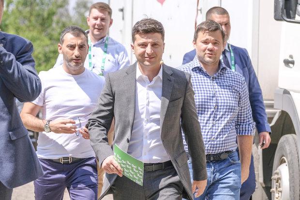 """В """"Слуге народа"""" появился новый лидер, и это не Разумков: кто займет главное """"зеленое"""" кресло"""
