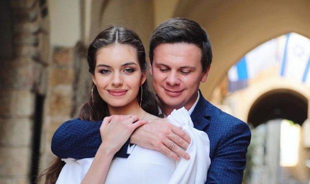 """Комаров рассказал, как сделал жене предложение: """"Едва не разбежались"""""""