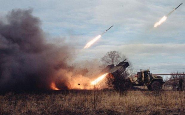 За сутки боевики ранили восемь бойцов АТО