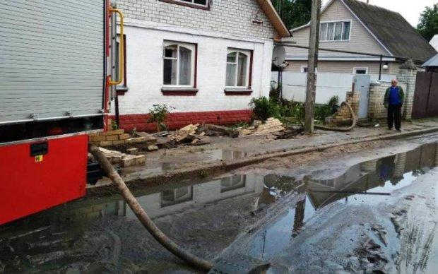 Люди в паніці: українському мегаполісу загрожує фекальний потоп
