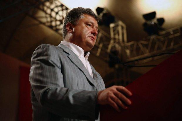 Головне за день четверга 25 липня: замах на Порошенка, тортури корупціонерів і звільнення російських моряків