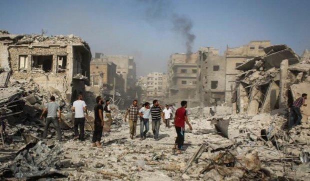 В Сирии упал военный самолет: 27 человек погибли