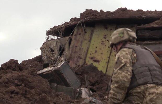"""Мама похоронила погибшего на Донбассе сына, а он """"воскрес"""" через год: """"Вырвался из ада"""""""