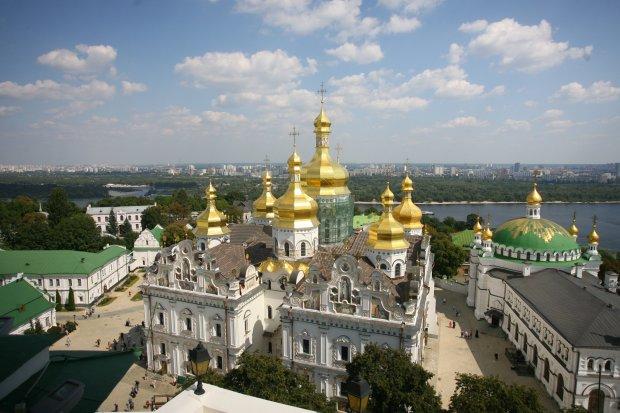 Головне за ніч: крадіжка української святині та кінець Путіна