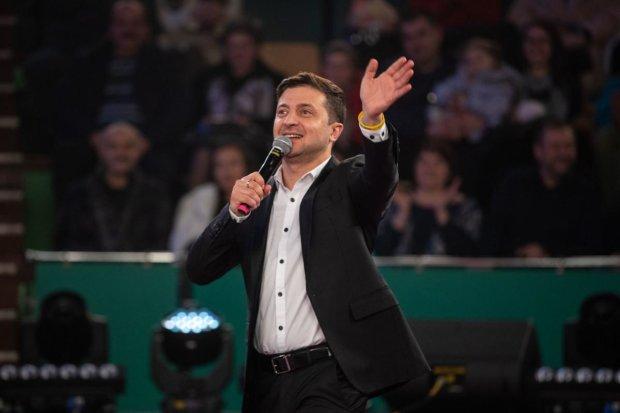 Зеленський вже святкує перемогу на виборах і репетирує промову: красномовне відео