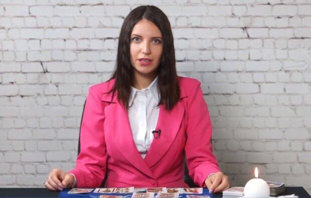 Анна Баратинська, професійний таролог і психолог