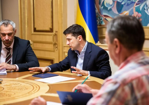 Зеленський особисто взявся за розслідування загибелі українських героїв: масово йдуть з життя за підозрілих обставин