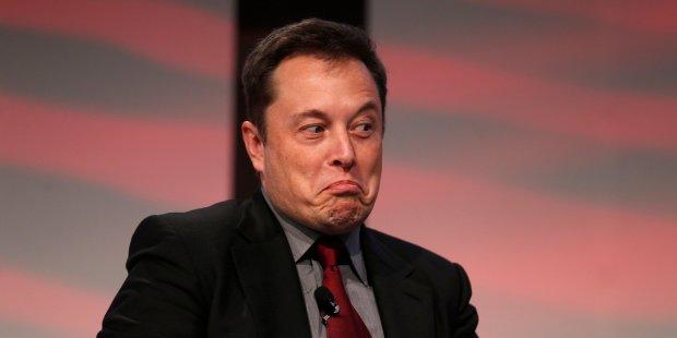 Маск поднял сотрудников посреди ночи и пригрозил увольнением: мало стараетесь