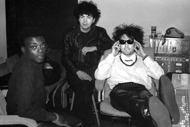 Помер зірка культового гурту The Cure: до кінця залишався світлим і життєрадісним