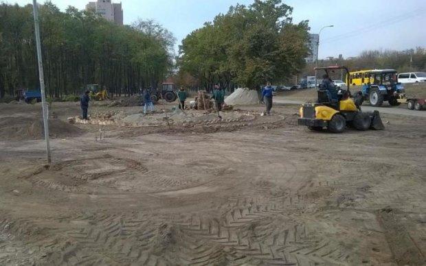 "Чому нас не запитали: кияни повстали проти ""реконструкції"" зеленої зони"