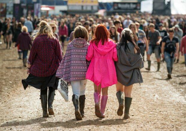 Погода покажет украинцам, что такое настоящая осень: в моду входят резиновые сапоги и дождевики