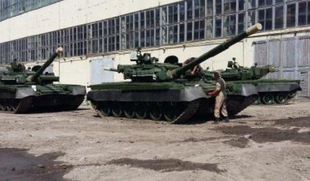 Армія отримала перші модернізовані танки Т-80