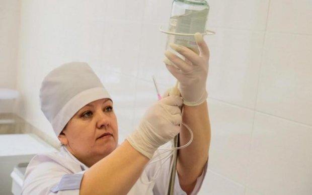 Черга смерті: чиновники влаштували рулетку хворим українцям