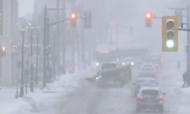 Негода у Канаді, скріншот відео