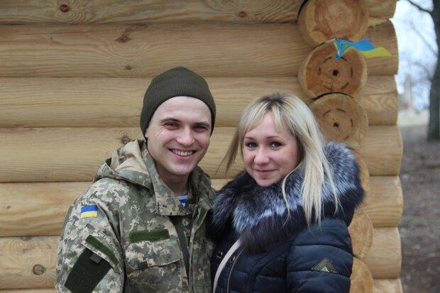 """Український кіборг """"взяв у полон"""" колишню фанатку Путіна: кохання не знає кордонів"""