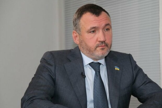 Кузьмин: Зеленский хочет попиариться на деле против Медведчука