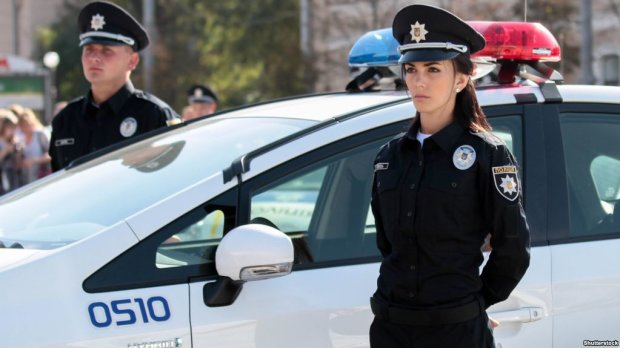 Поліція мовчить: серійний маніяк тримає в страху весь Київ, люди боятися виходити на вулицю