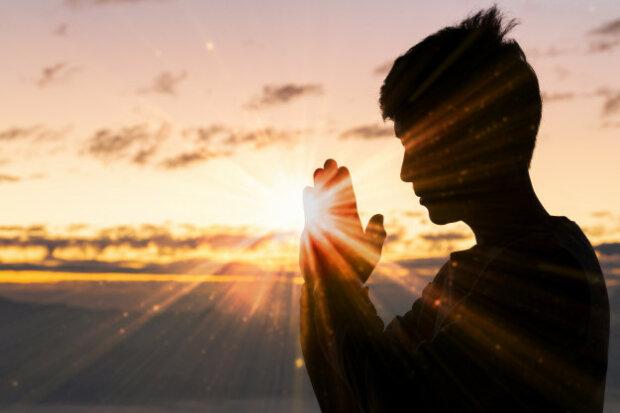 Мощная молитва Святой Матроне о деньгах и работе поможет выйти из материальных затруднений
