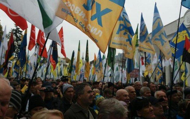 Напугал митингами: Саакашвили пытаются выдворить из Украины
