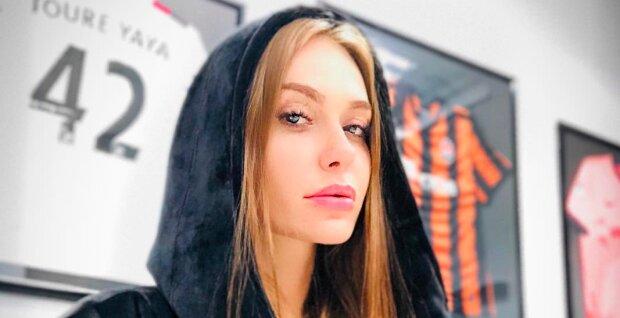"""Слава Каминская из """"НеАнгелов"""" засветила соски в прозрачном боди: """"Как девочка!"""""""