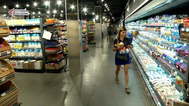 """АТБ подсунули """"свинью"""" покупателям: попасть на крючок может каждый, украинцев умоляют быть осторожными"""