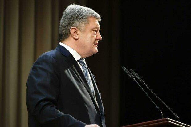 """Коломойський пішов війною на Порошенка: """"Він має пряме відношення до підвищення тарифів"""""""