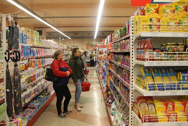 """Небезпечний смаколик із супермаркету в Дніпрі довів дитину до сліз: """"Встигла відкусити шматочок..."""""""