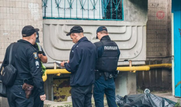 Дверь была закрыта изнутри: в туалете киевского хостела загадочно погиб мужчина