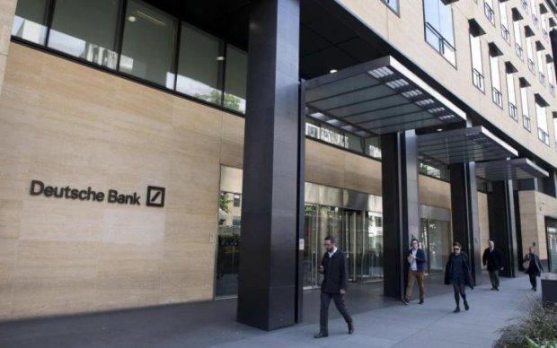 Крупнейший банк Германии пригрозил разорвать отношения с Россией