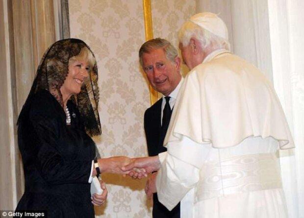 Принц Чарльз і герцогиня Камілла у Ватикані