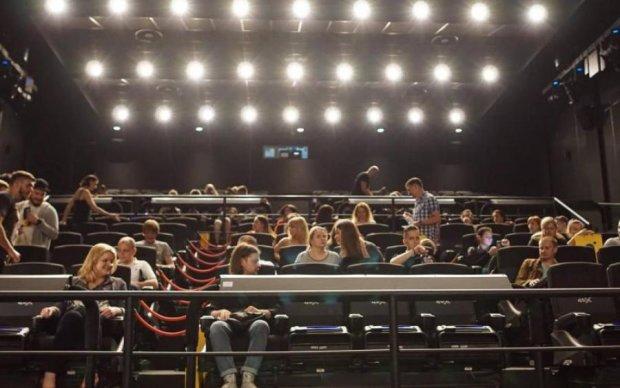 Масштабная премьера: Украина замерла в ожидании 3D-фильма