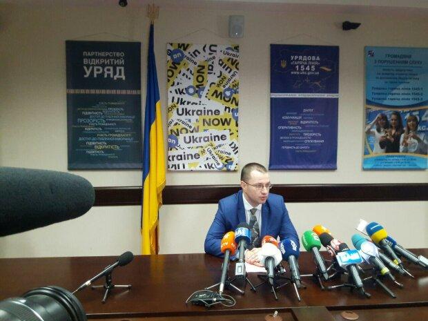 Брифинг заместителя министра социальной политики Виталия Музыченко